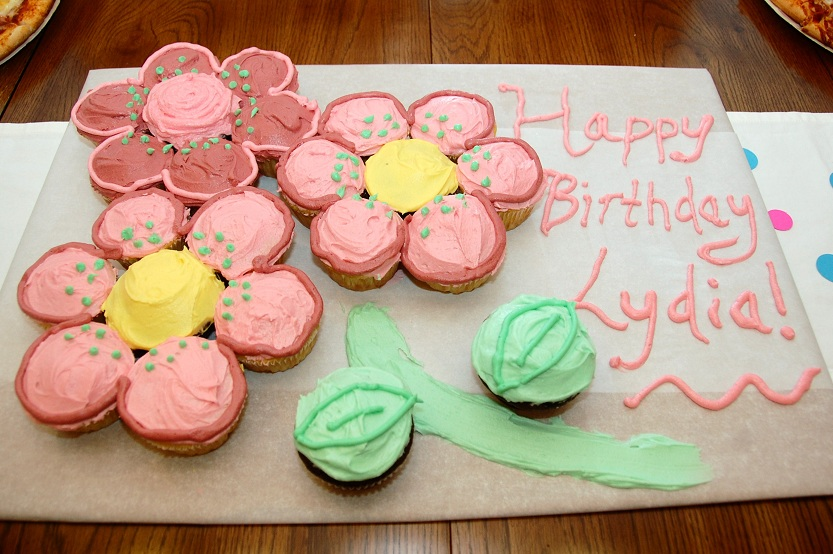 The cake was a cupcake creation! It turned out really cute and I had ...